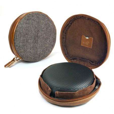 Tuff-luv - Beschermhoes voor de Bang en Olufsen BenO BeoPlay A1 Bluetooth speaker - bruin